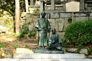 龍馬・中岡像